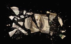 فكرة التخلي عن الدولار بدأت تصدح في أنحاء أوروبا وآسيا